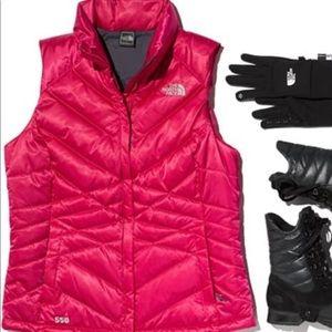 NWT North Face women's Aconcagua Vest - size XL